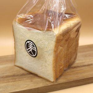 麦や食パン (1斤)